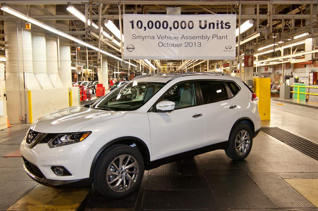 first 2014 nissan rogue (x-trail) produced at tennessee