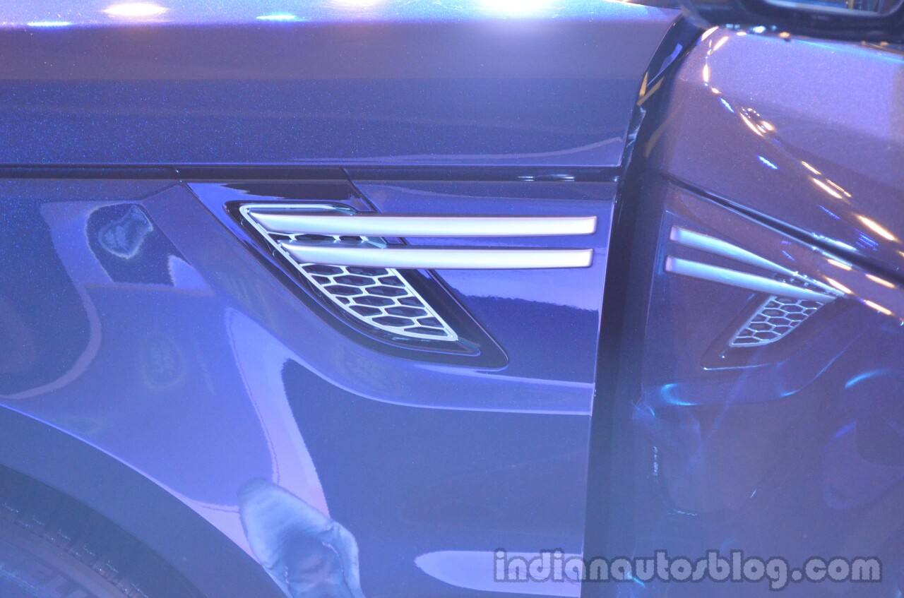 2014 Range Rover Sport India air vents side