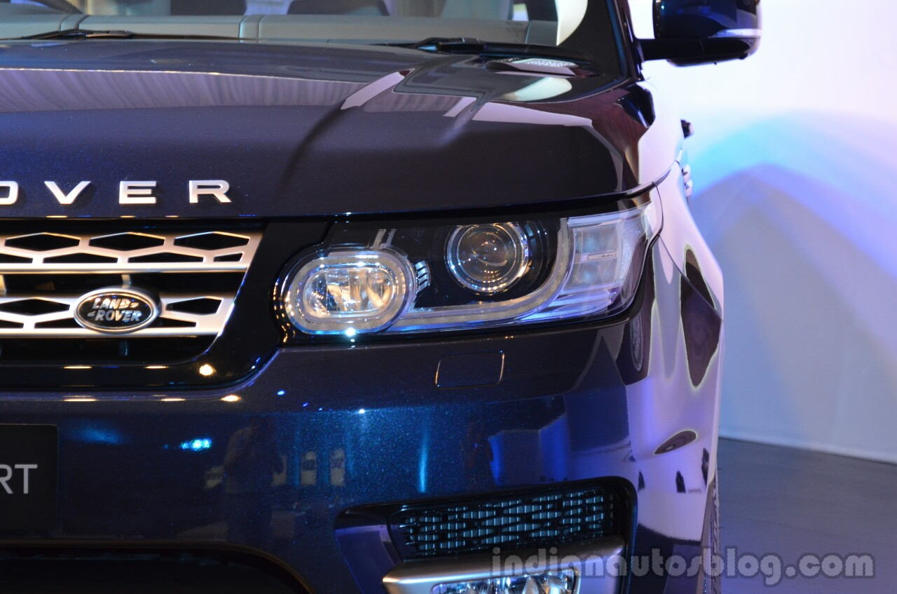 2014 Range Rover Sport India headlight