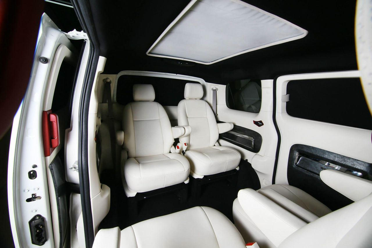 dc design develops a custom interior package for the nissan evalia. Black Bedroom Furniture Sets. Home Design Ideas
