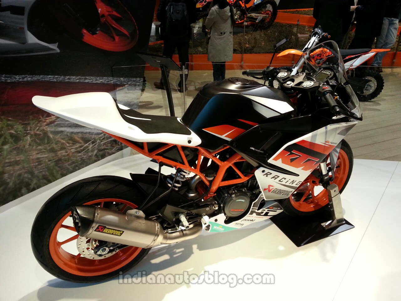 KTM to offer two engine maps for 200, 390 Duke