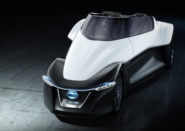 Nissan BladeGlider concept  front view