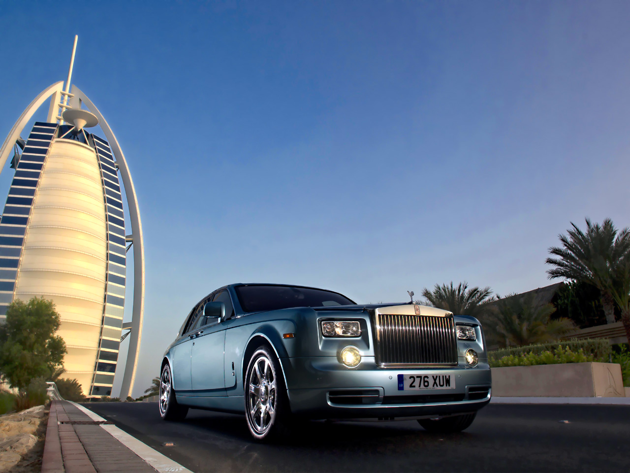 Gold Class Lane For Luxury Cars To Be Introduced In Dubai