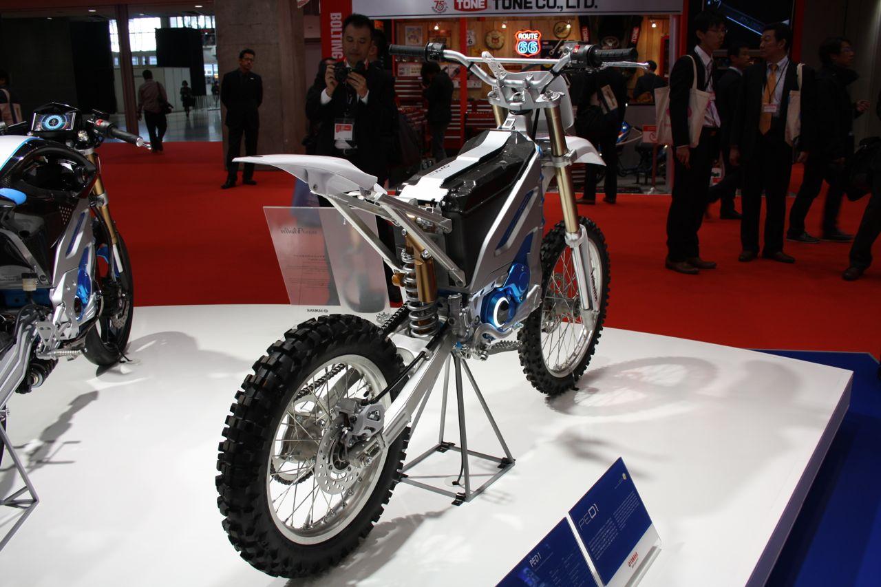 Yamaha PED1 rear three quarters