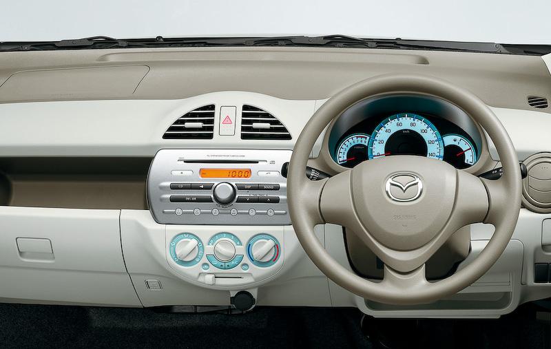 Mazda Carol eco interiors