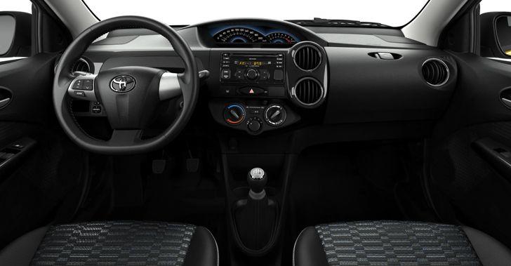 Toyota Etios Cross in Argentina dashboard