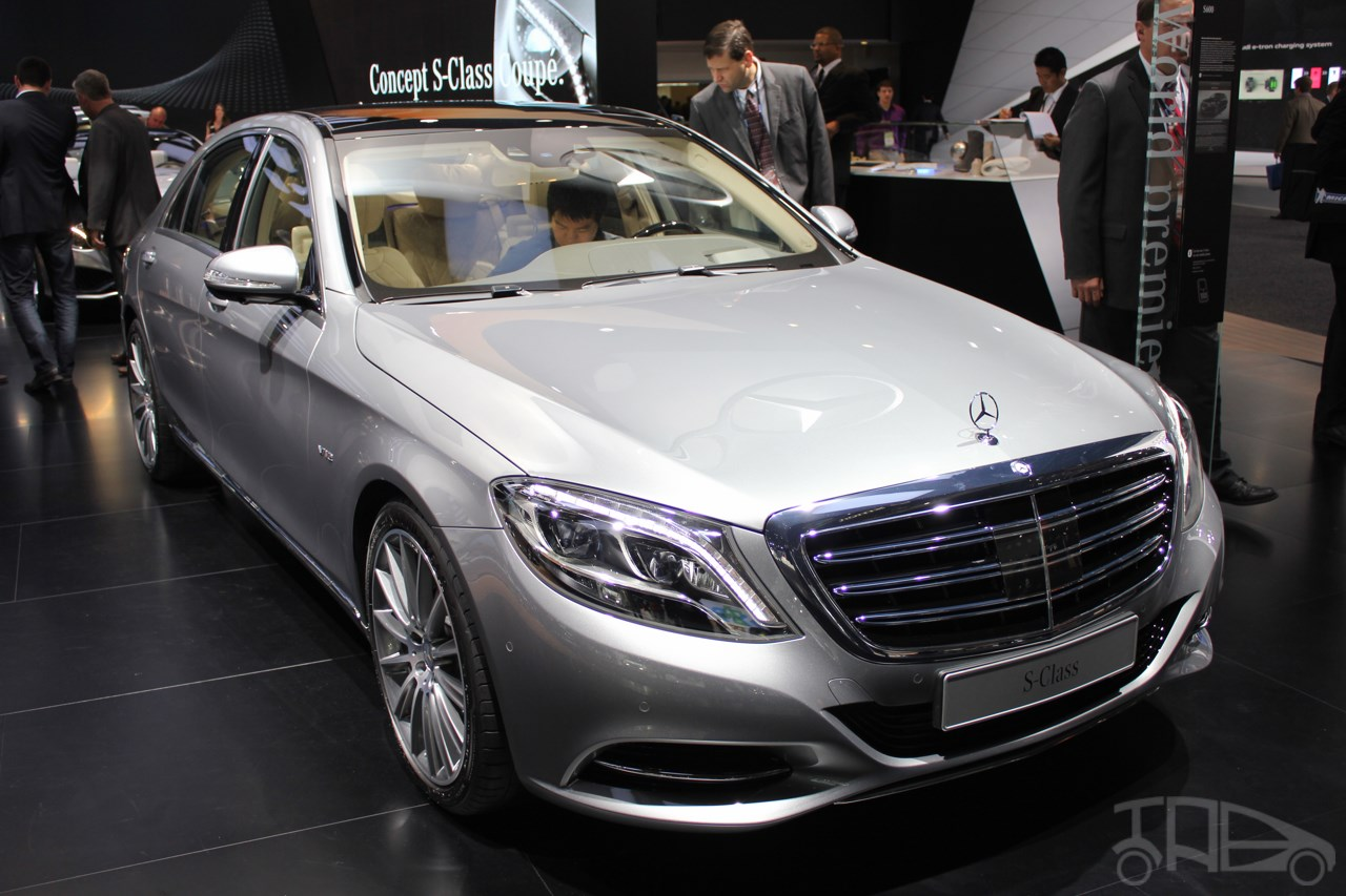 https://img.indianautosblog.com/2014/01/2015-Mercedes-Benz-S600-at-2014-NAIAS-front-three-quarter.jpg