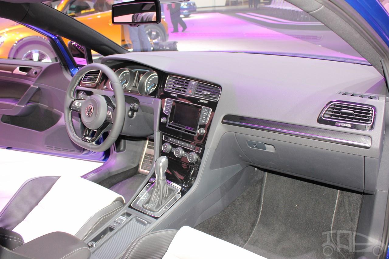 VW Golf R interior at NAIAS 2014