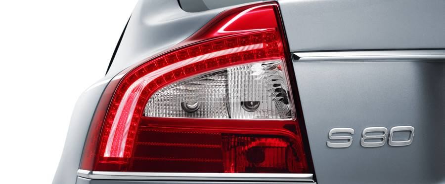 Volvo S80 facelift taillamp teased for India