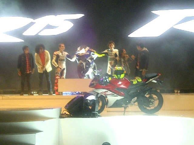 Yamaha R25 Indonesia dealers meet