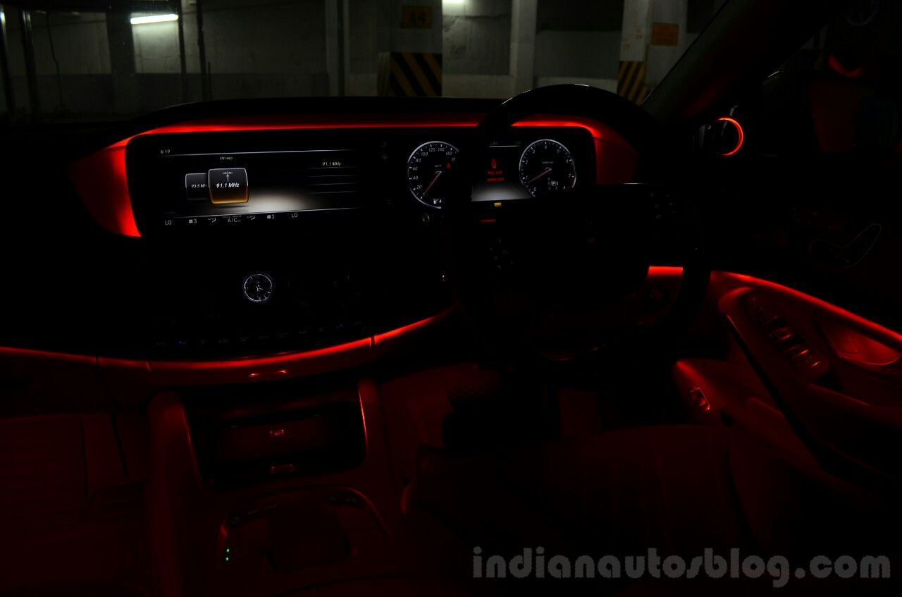 2014 Mercedes S Class review ambient light on dash