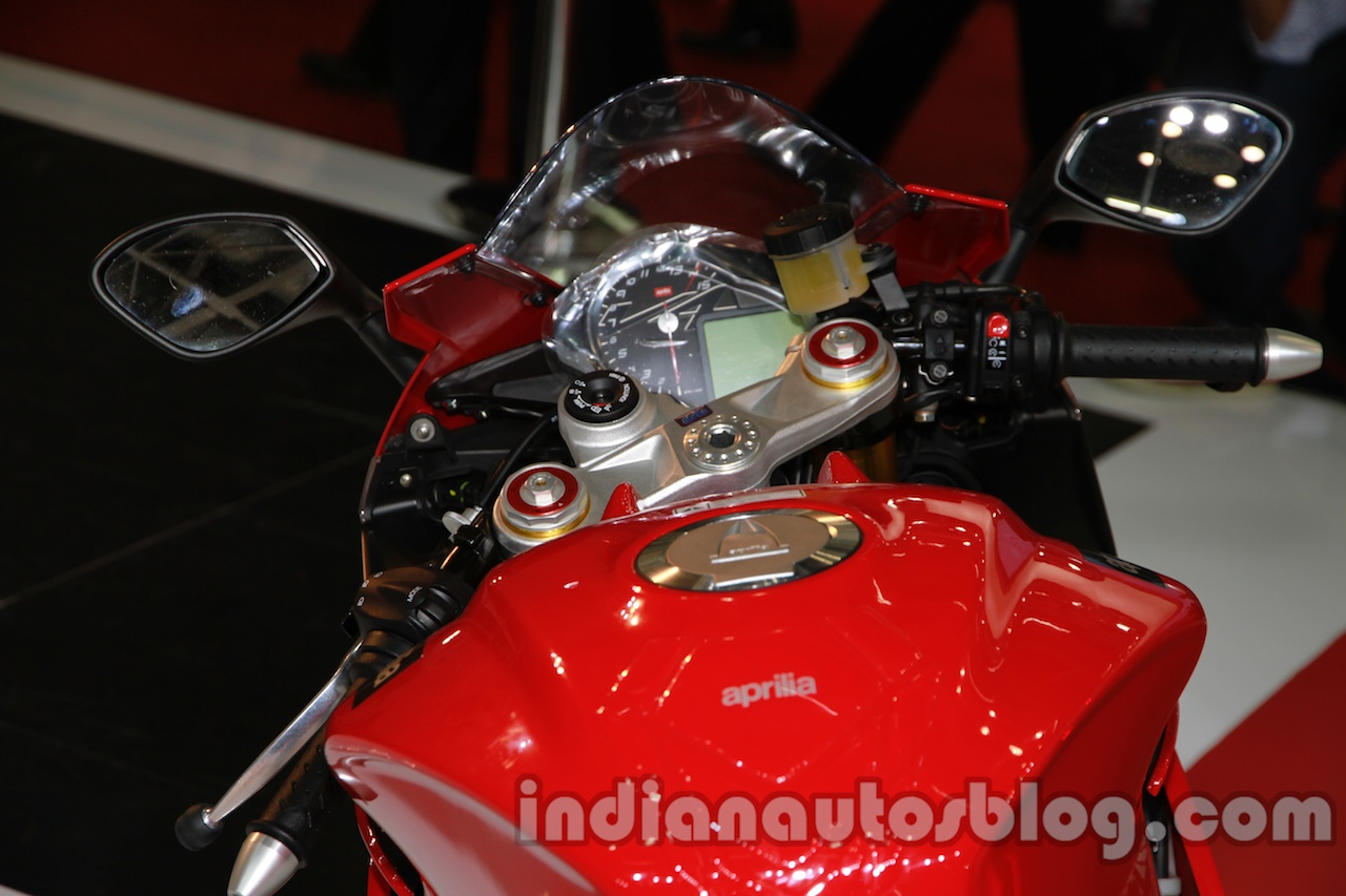 Aprilia RSV4 R ABS tank and instrument cluster at Auto Expo 2014