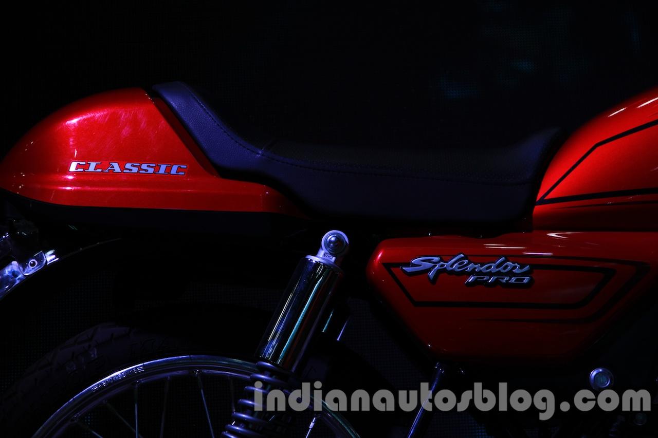 Auto Expo 2014 Hero Splendor Pro Classic Cafe Racer seat
