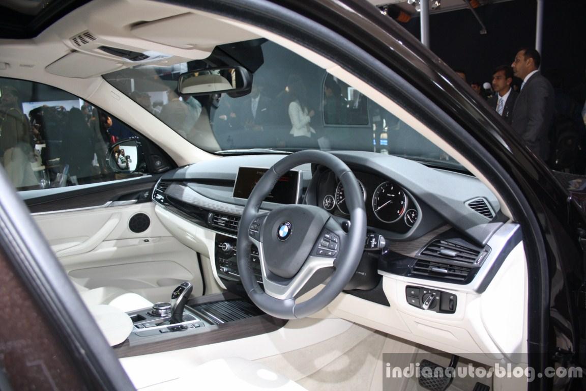 BMW X5 steering live
