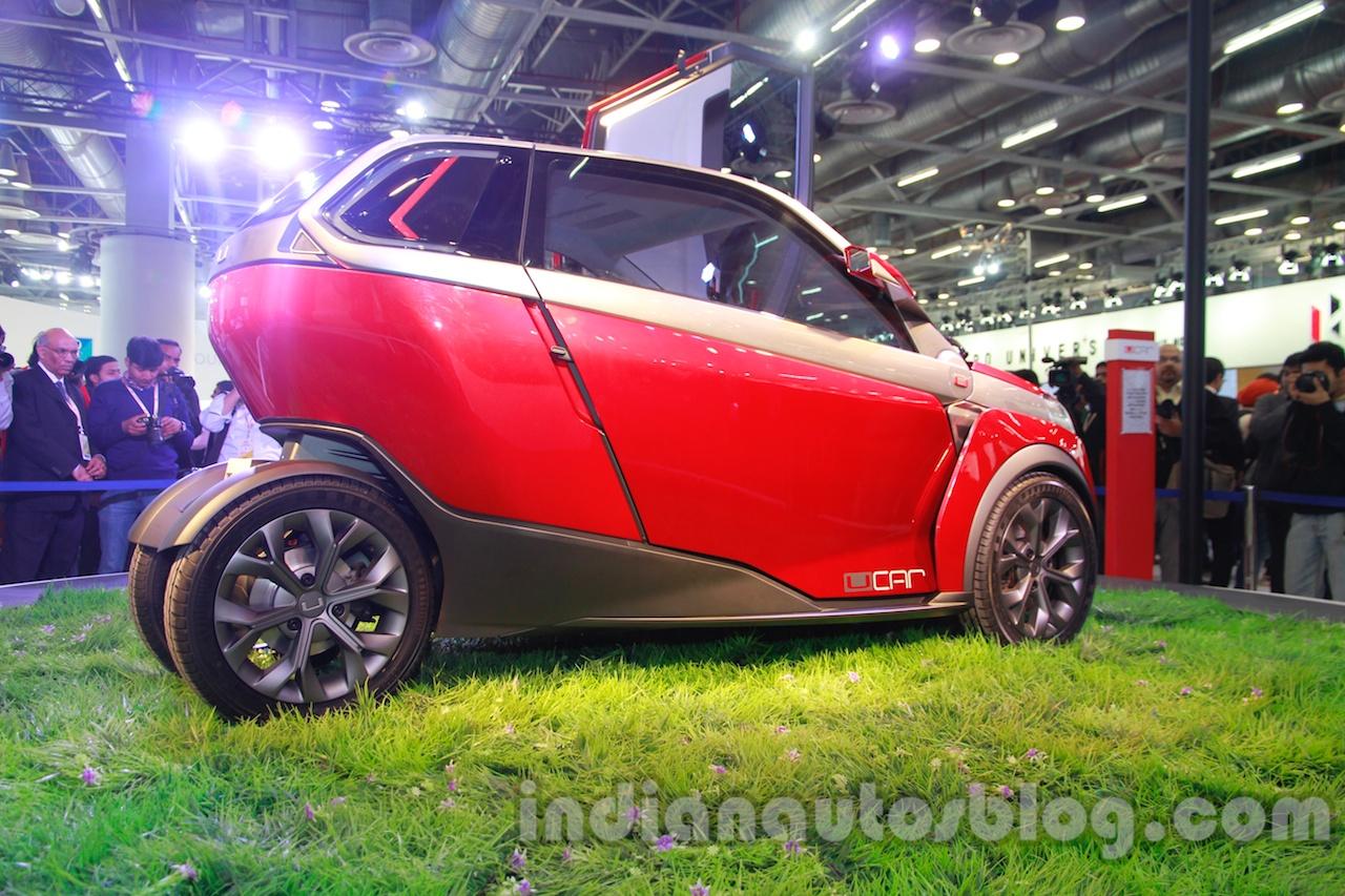 Bajaj U-Car Concept profile