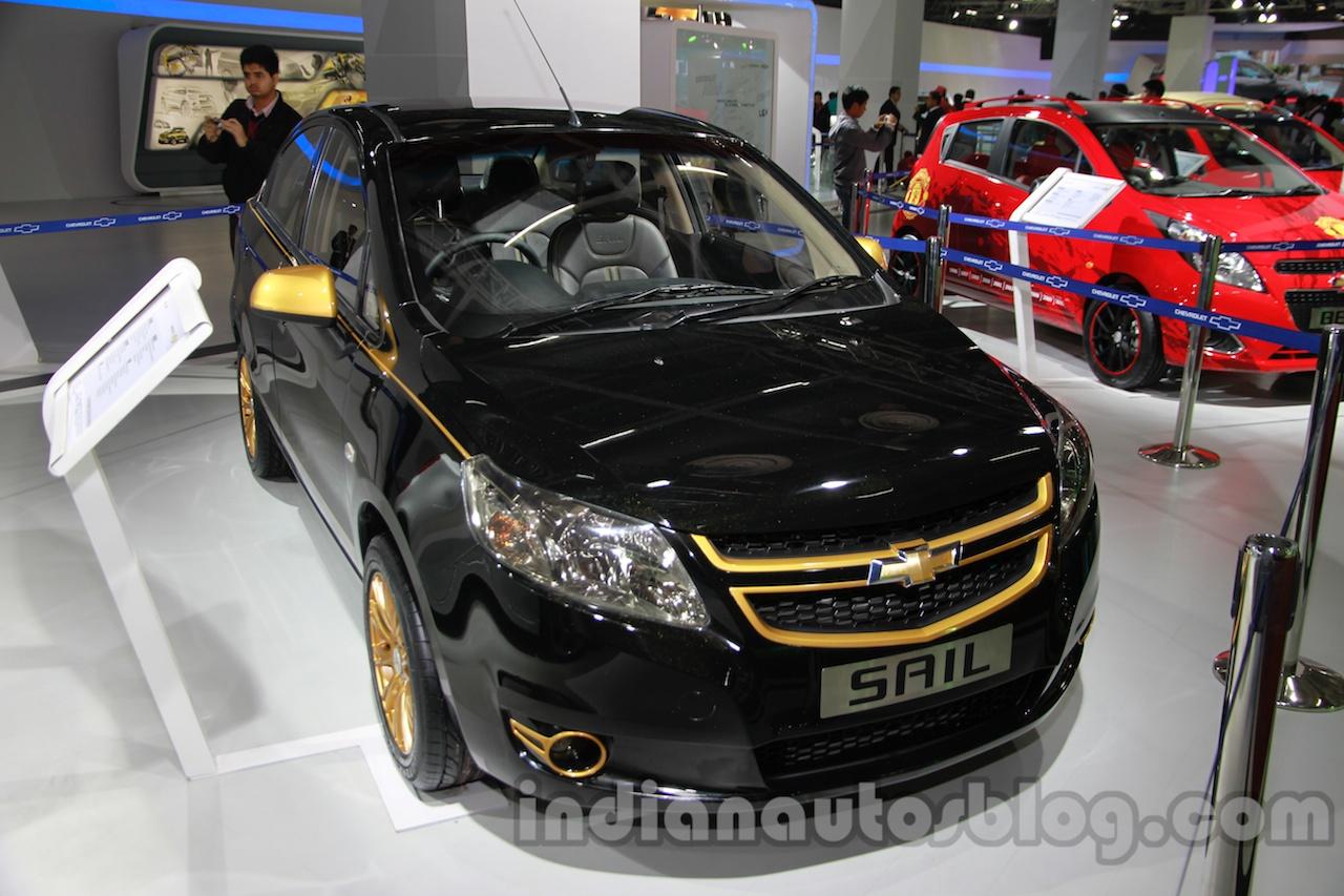 Auto Expo Live - Chevrolet Cruze Stealth, Chevrolet Sail ...