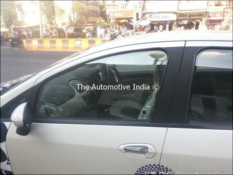 Fiat Punto facelift 2014 spyshot in India