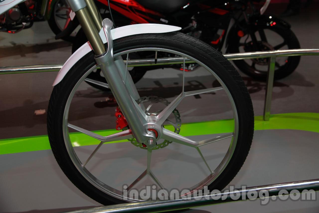 Hero SimplEcity at Auto Expo front wheel