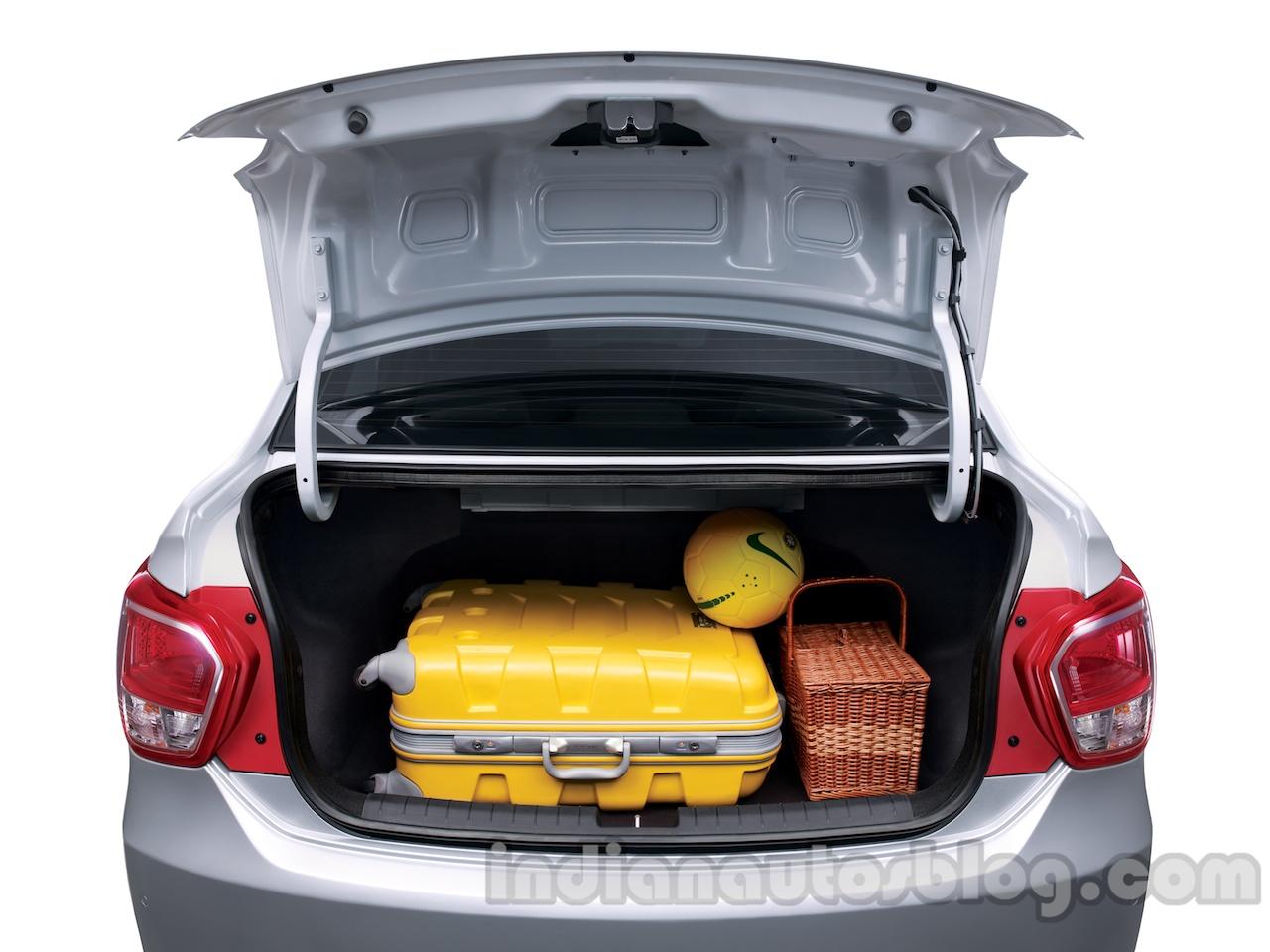 Hyundai Xcent boot