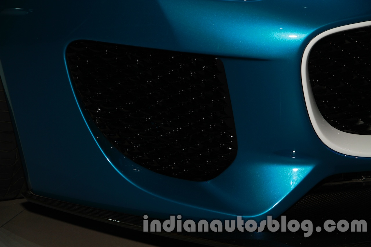 Jaguar F-Type Project 7 at Auto Expo 2014 fenders