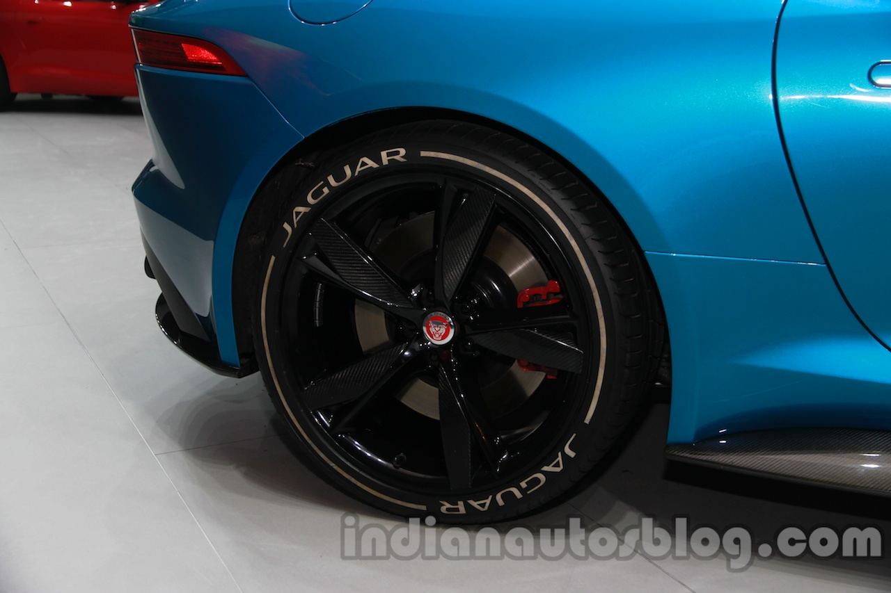 Jaguar F-Type Project 7 at Auto Expo 2014 wheel