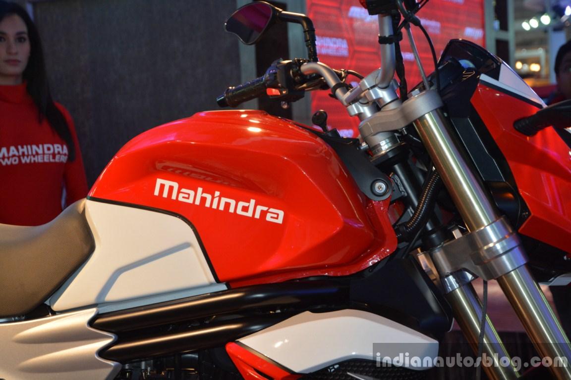 Mahindra Mojo fuel tank live