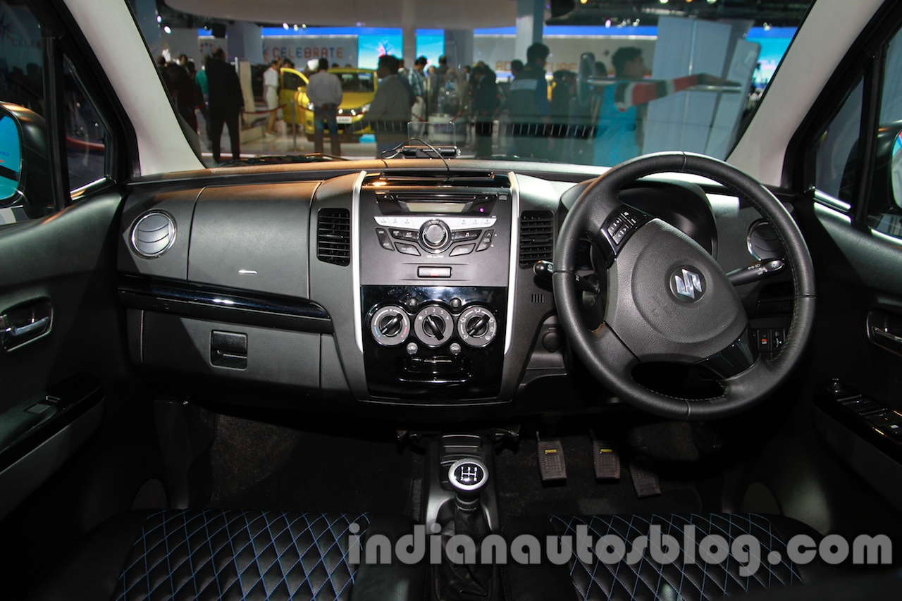 Maruti Stingray dashboard live