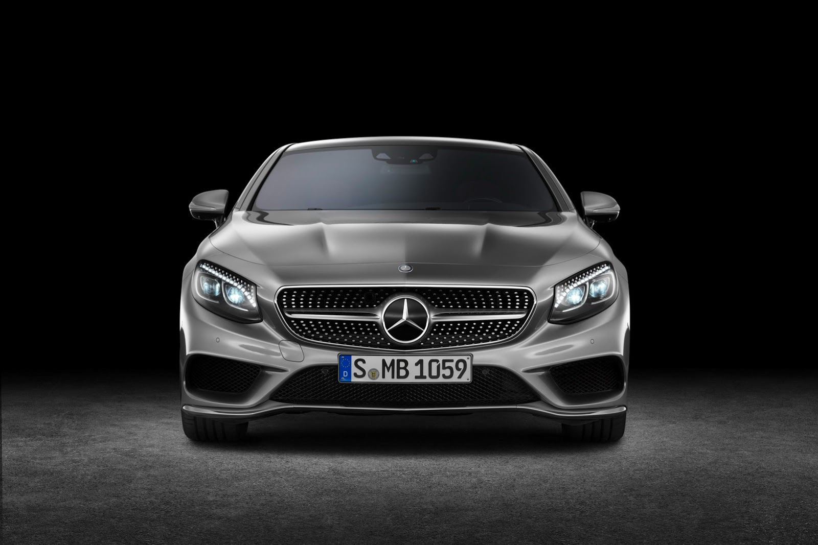 Mercedes-Benz S-class Coupe S500 front