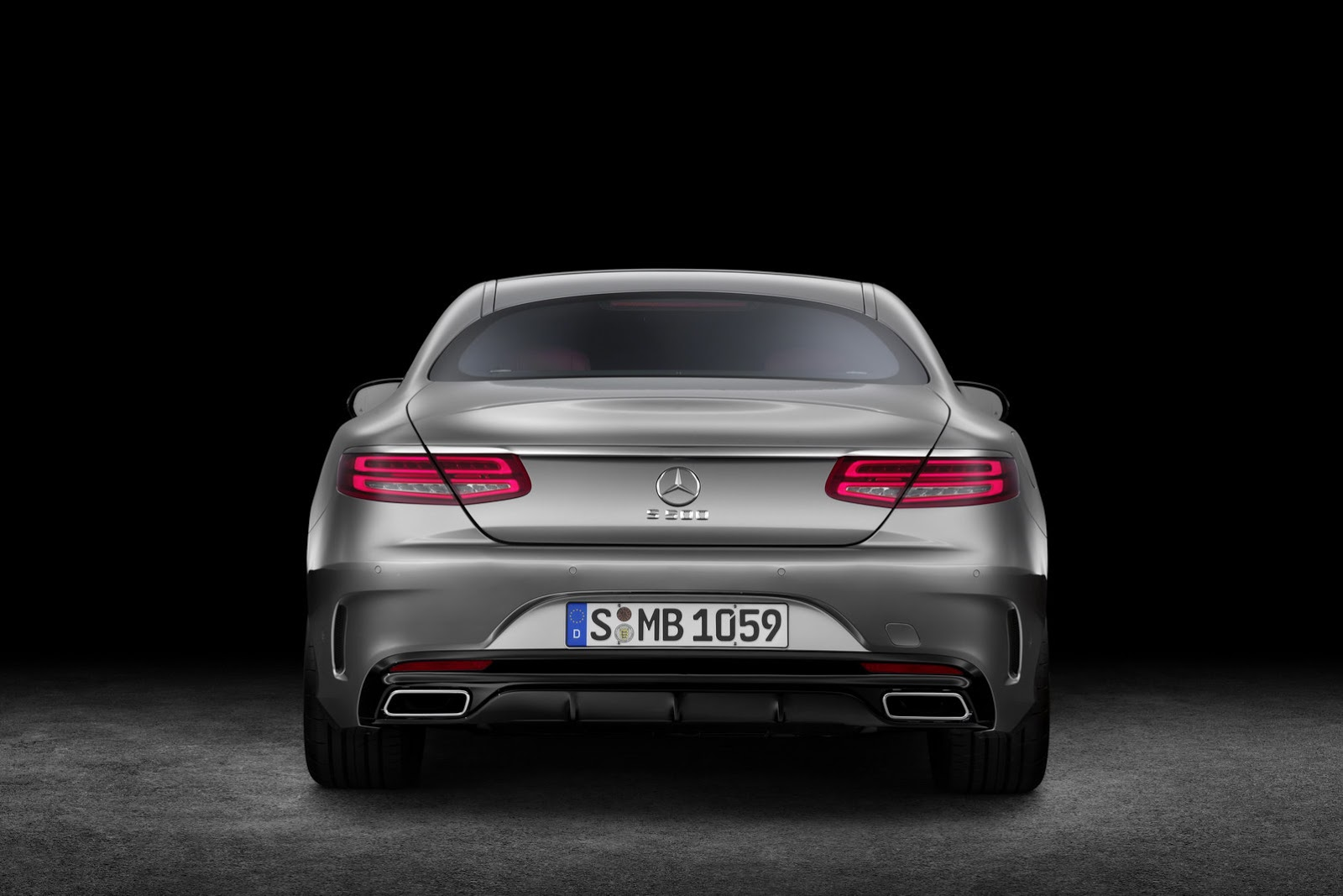 Mercedes-Benz S-class Coupe S500 rear