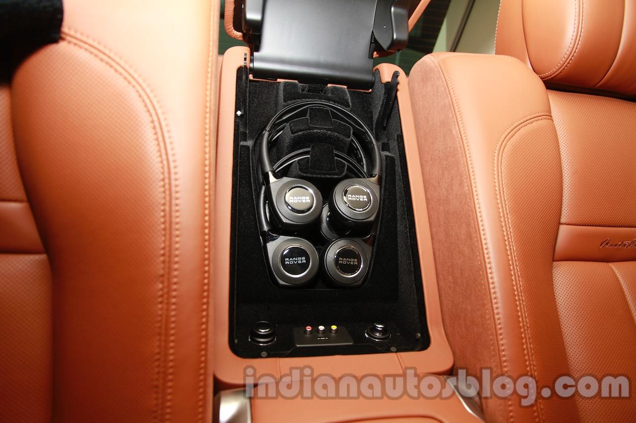 Range Rover L at Auto Expo 2014 headphones