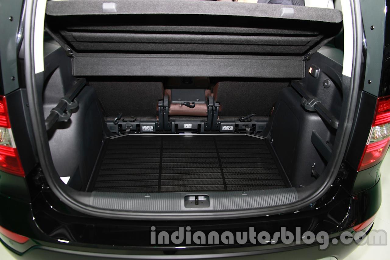 Skoda Yeti facelift boot at Auto Expo 2014