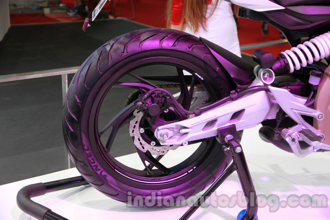 TVS Draken - X21 rear wheel detail live