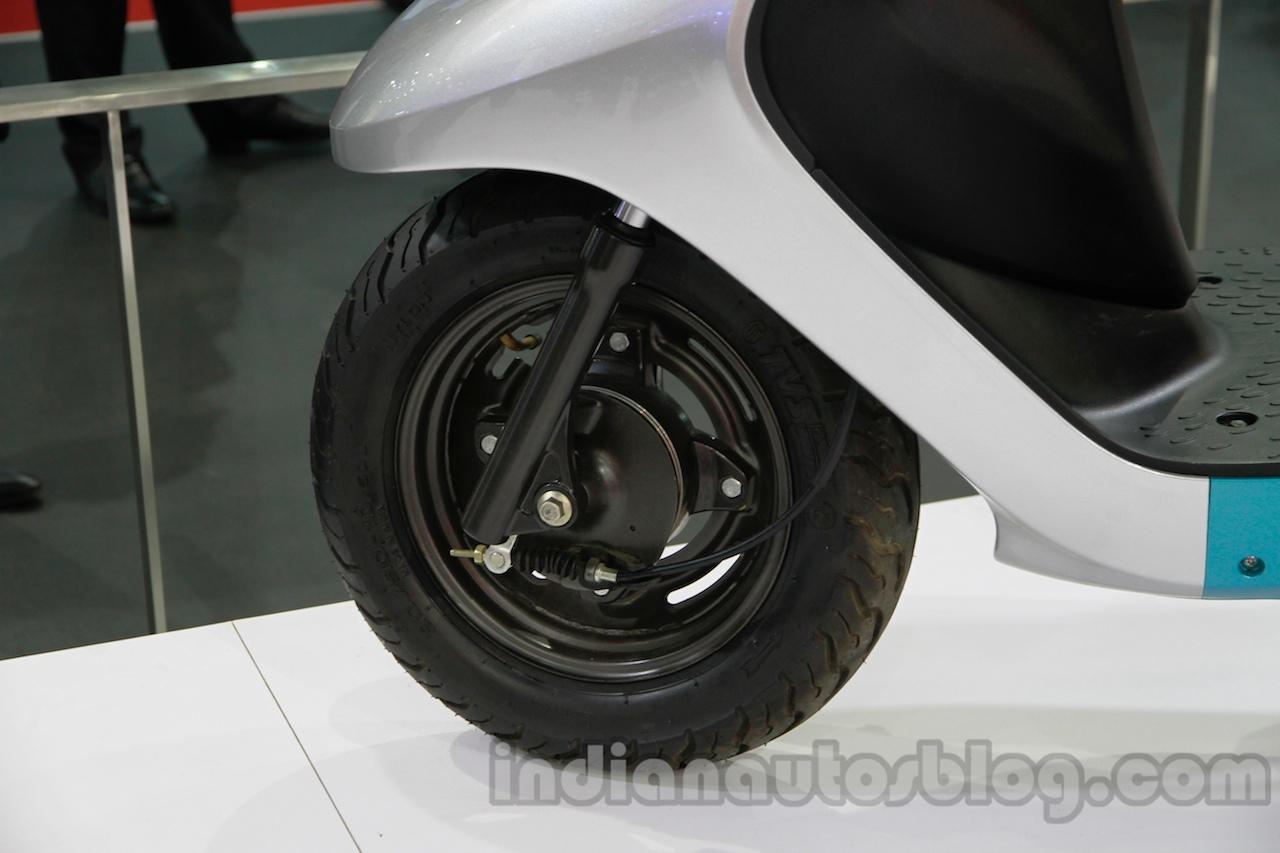 TVS Scooty Zest 110 cc front wheel disc brake