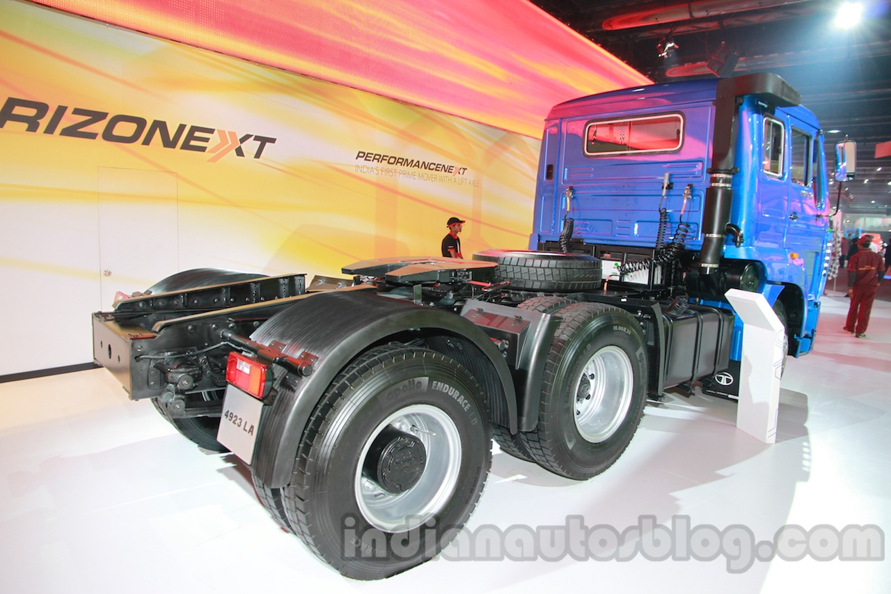 Tata LPS 4923 Lift Axle rear three quarters zoom out