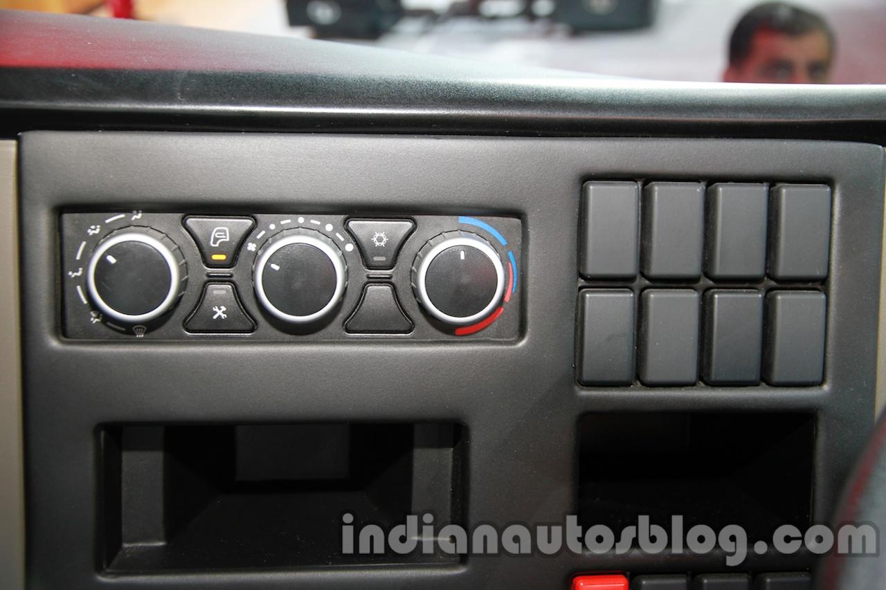 Tata LPS 4923 Lift Axle aircon controls