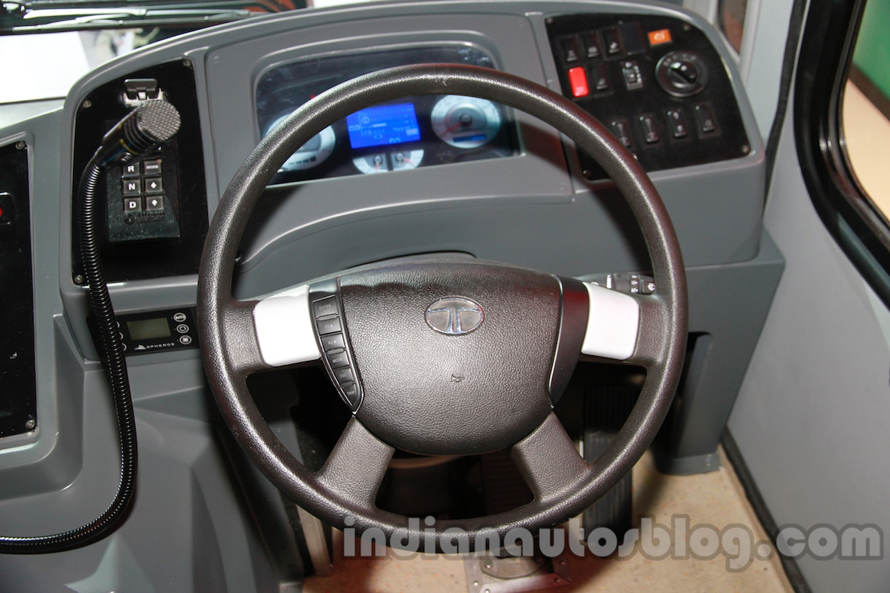 Tata Starbus Urban 918 articulated bus steering wheel