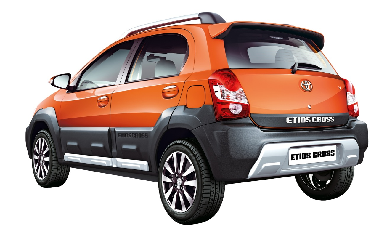 Toyota Etios Cross rear official image
