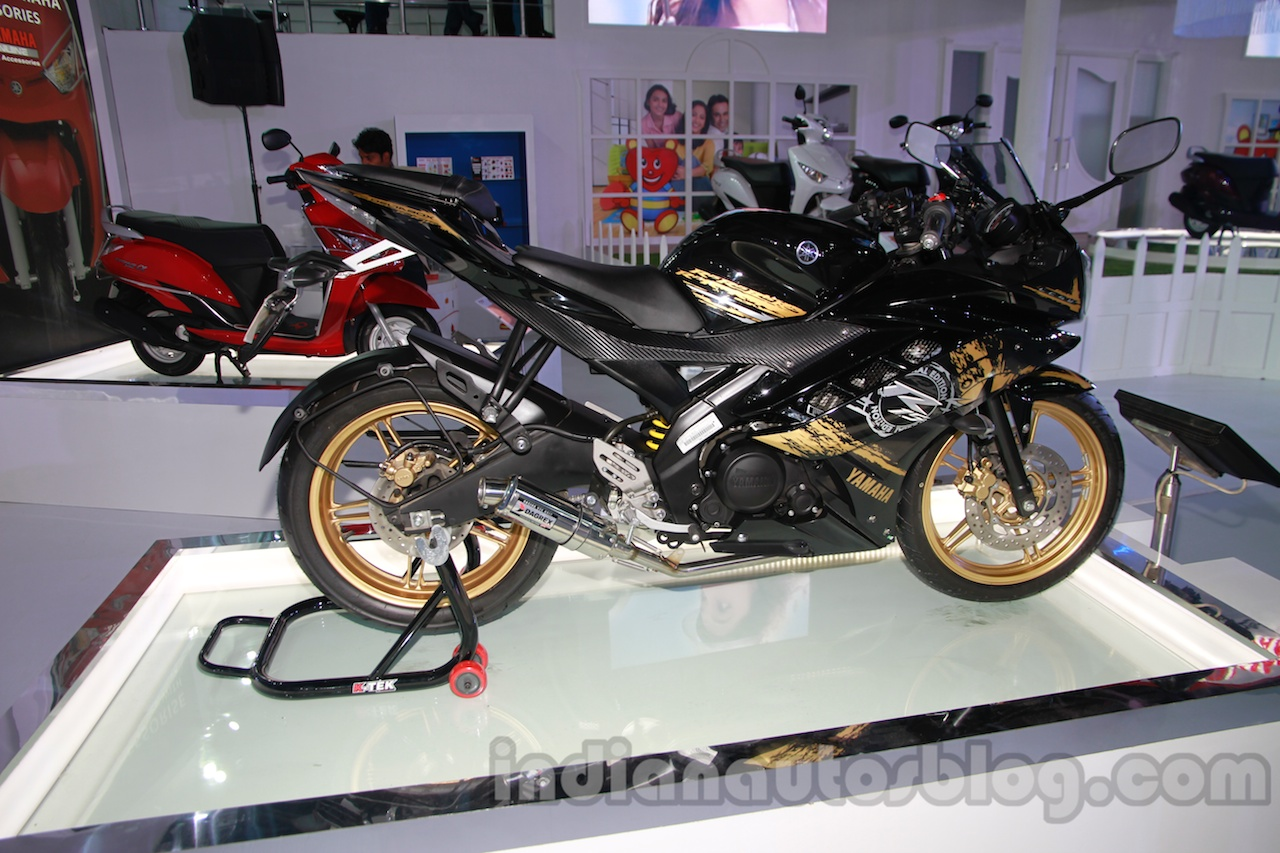 Yamaha R15 Special Edition Auto Expo side profile