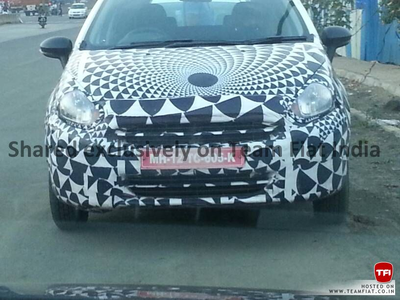 2014 Fiat Punto facelift snapped front