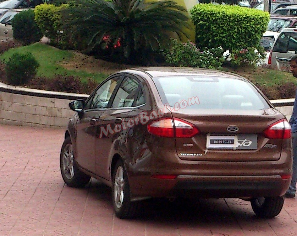 Spied 2014 Ford Fiesta Facelift india rear