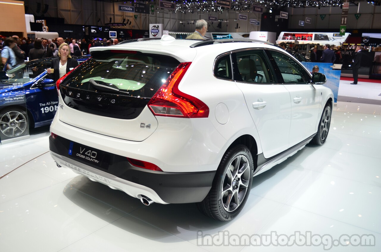 volvo v40 cross country xc60 ocean race special editions. Black Bedroom Furniture Sets. Home Design Ideas
