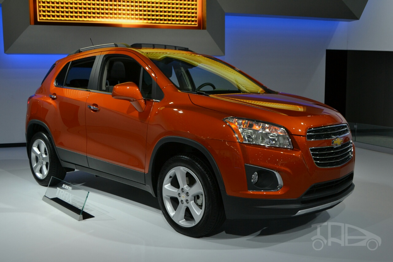 2015 Chevrolet Trax at 2014 New York Auto Show - front three quarter right