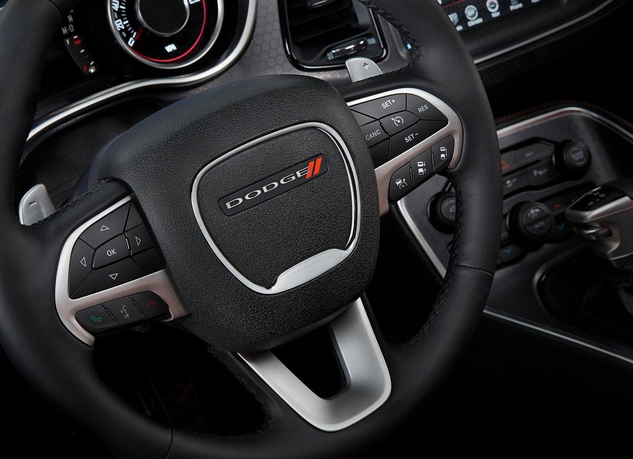 2015 Dodge Challenger steering press shot