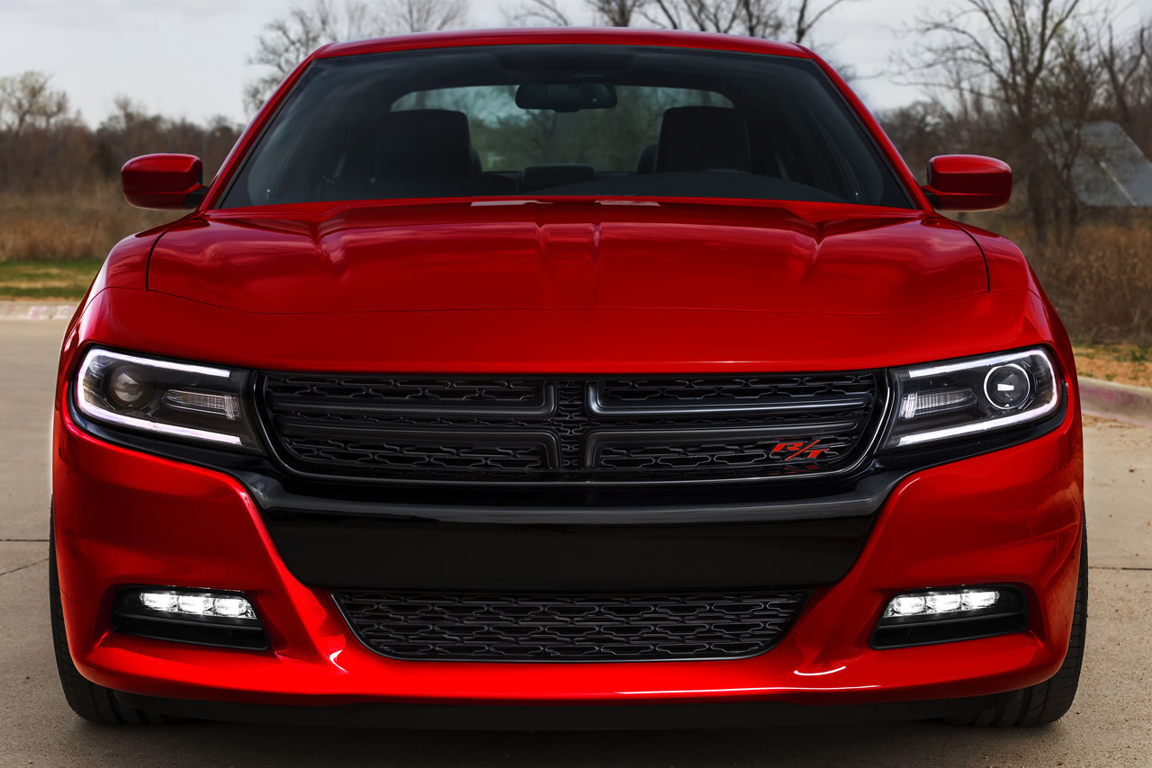2015 Dodge Charger front press shot