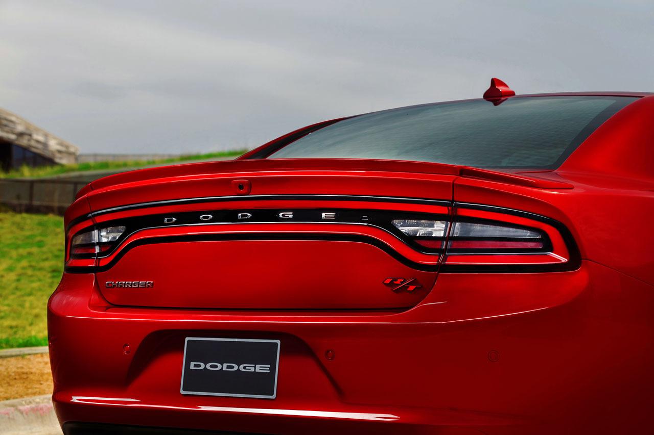 2015 Dodge Charger rear press shot