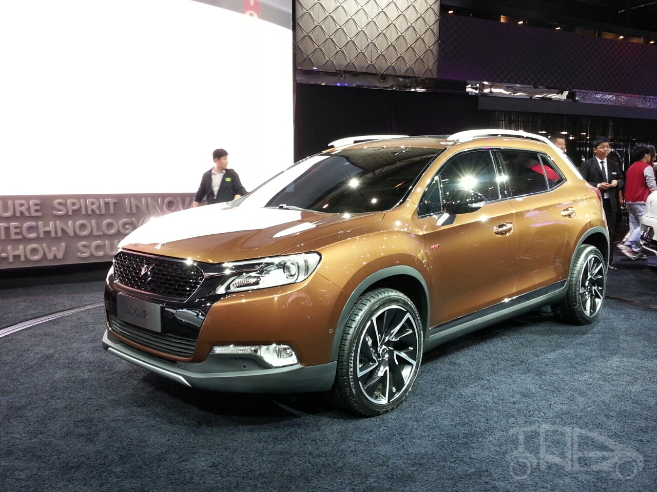 Citroen DS 6WR front three quarters right at Auto China 2014