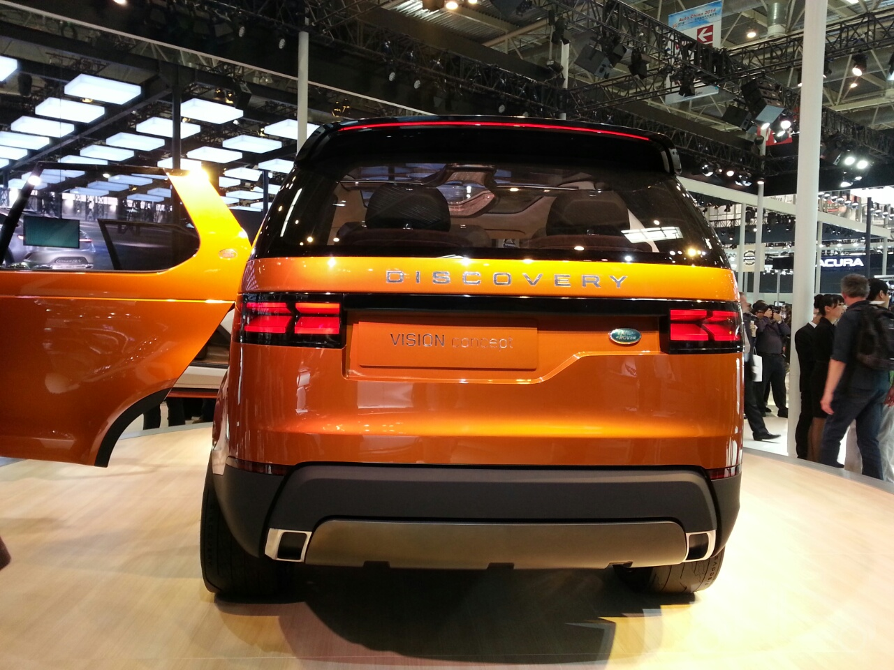 Land Rover Discovery Vision Concept rear at Auto China 2014