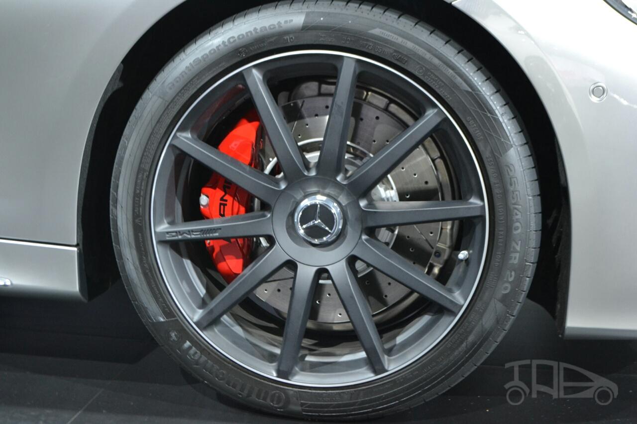 Mercedes S63 AMG Coupe at 2014 NY Auto Show wheel