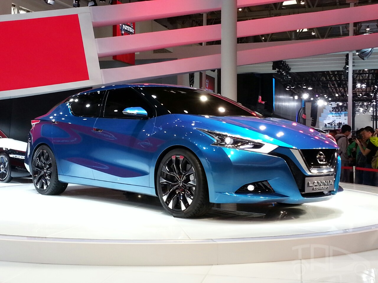 Nissan Lannia concept at 2014 Beijing Auto Show - front three quarter