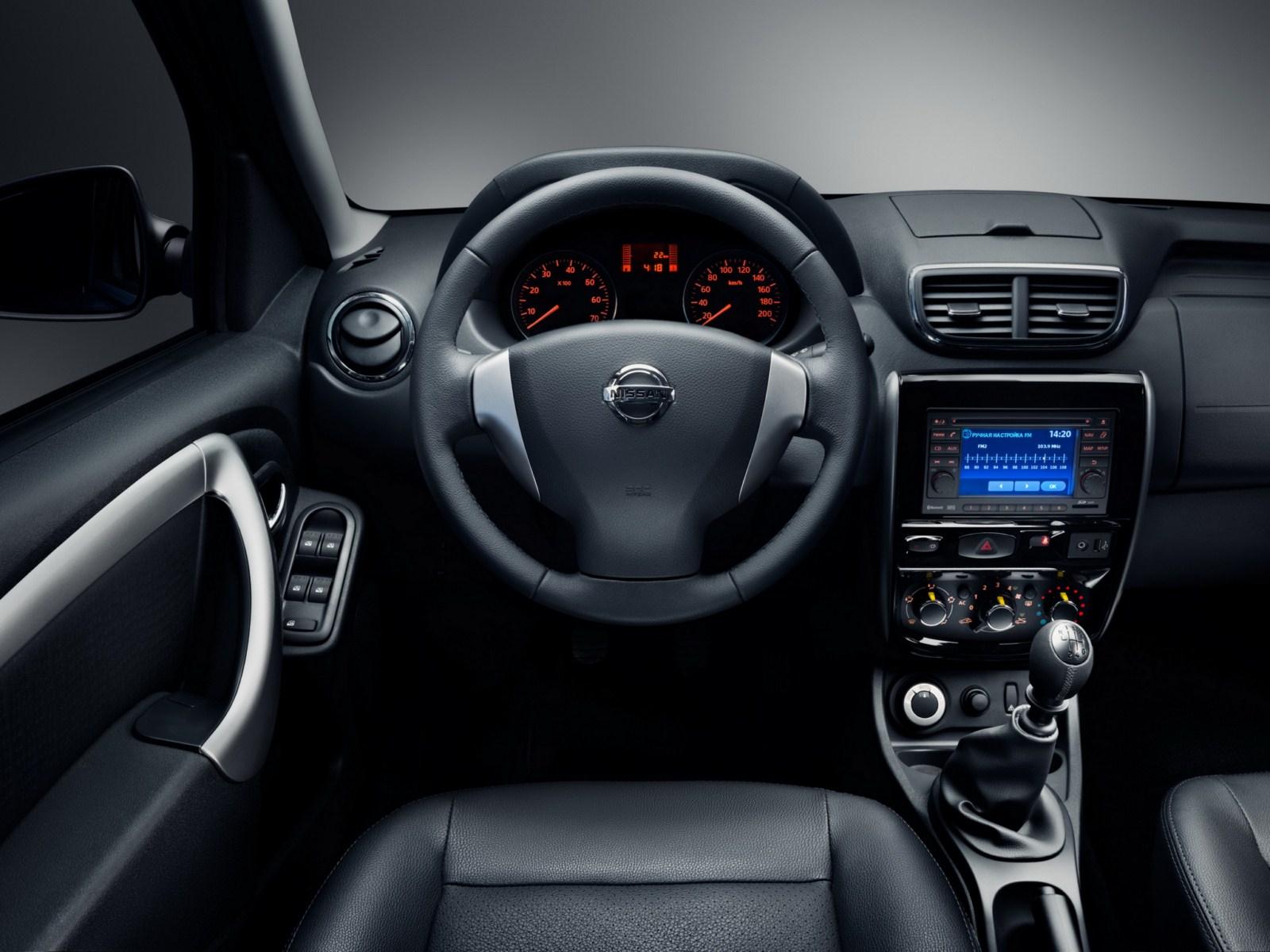 Nissan Terrano (Russia-spec) dashboard press shot